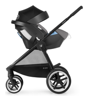 Cybex Balios M with infant carrier as a travelsystem