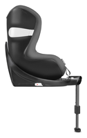 Cybex Sirona M2 i-Size facing forward from the side