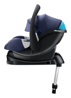 Recaro infant carrier Guardia on isofix base